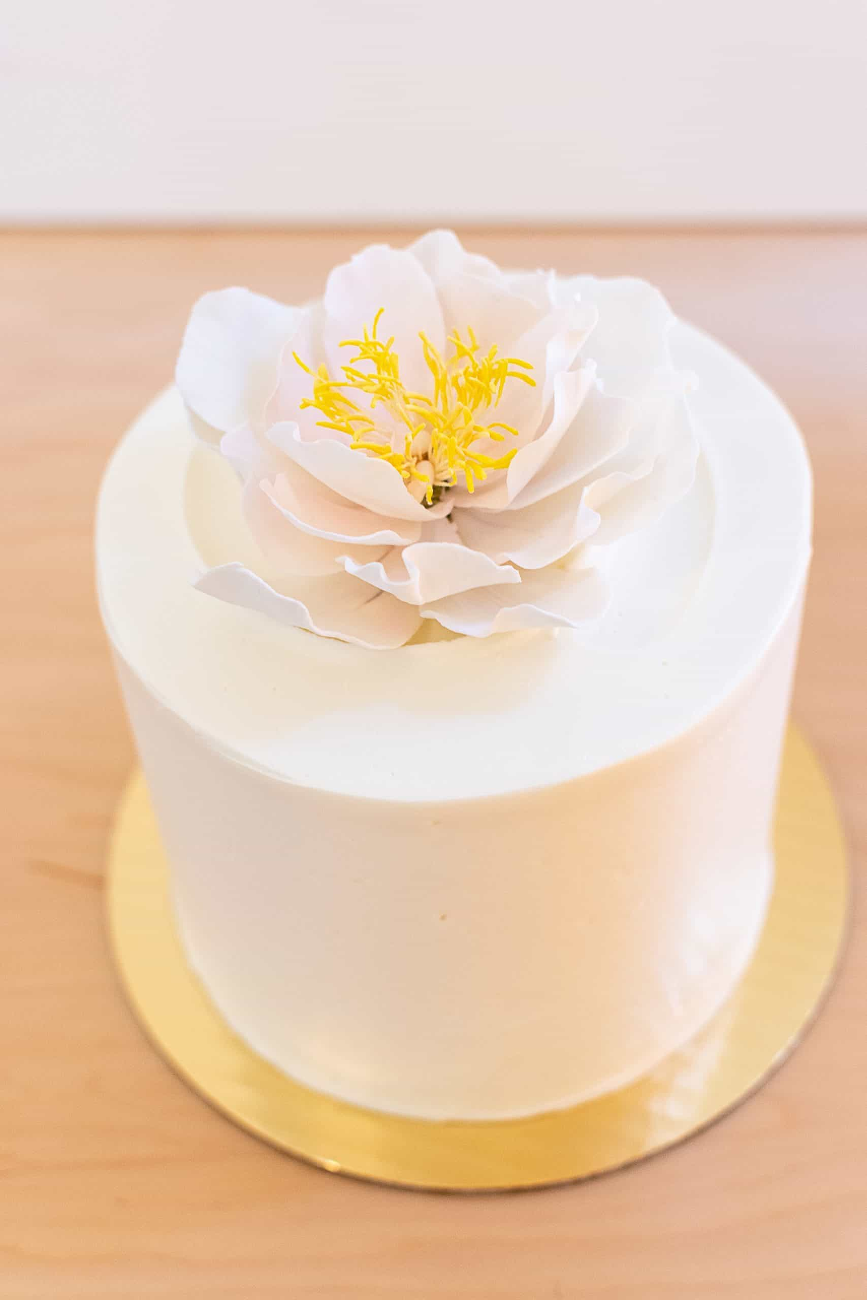 Signature Cake with Sugar Flower